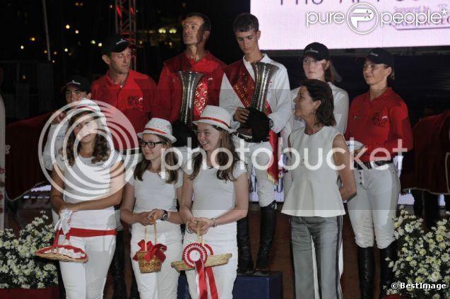 Carolina, princesa de Hannover y de Mónaco 885767-la-princesse-alexandra-de-hanovre-au-637x0-2