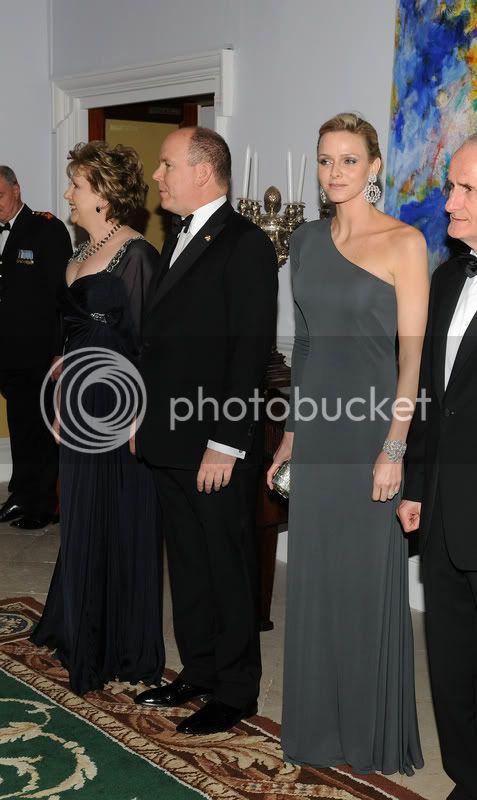 S.A.S. el Príncipe Alberto II de Mónaco - Página 34 Weeeeeeeeeeeetr