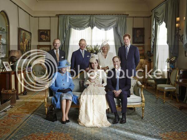 Bautizo Real del Príncipe George Alexander Louis. - Página 4 BXXuU8oCUAACK8K_zpse06f7e15