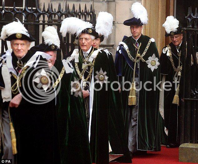 William y Catherine, Duques de Cambridge - Página 15 Article-2169133-13EFD403000005DC-124_634x527