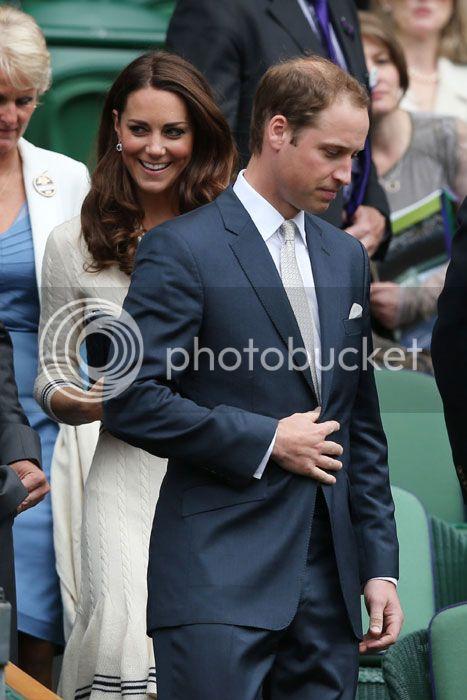 William y Catherine, Duques de Cambridge - Página 15 Kate-wimbledon1--a