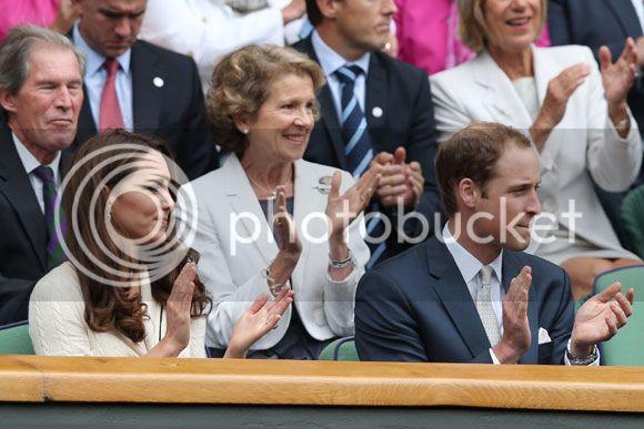 William y Catherine, Duques de Cambridge - Página 15 Kate-wimbledon2--a