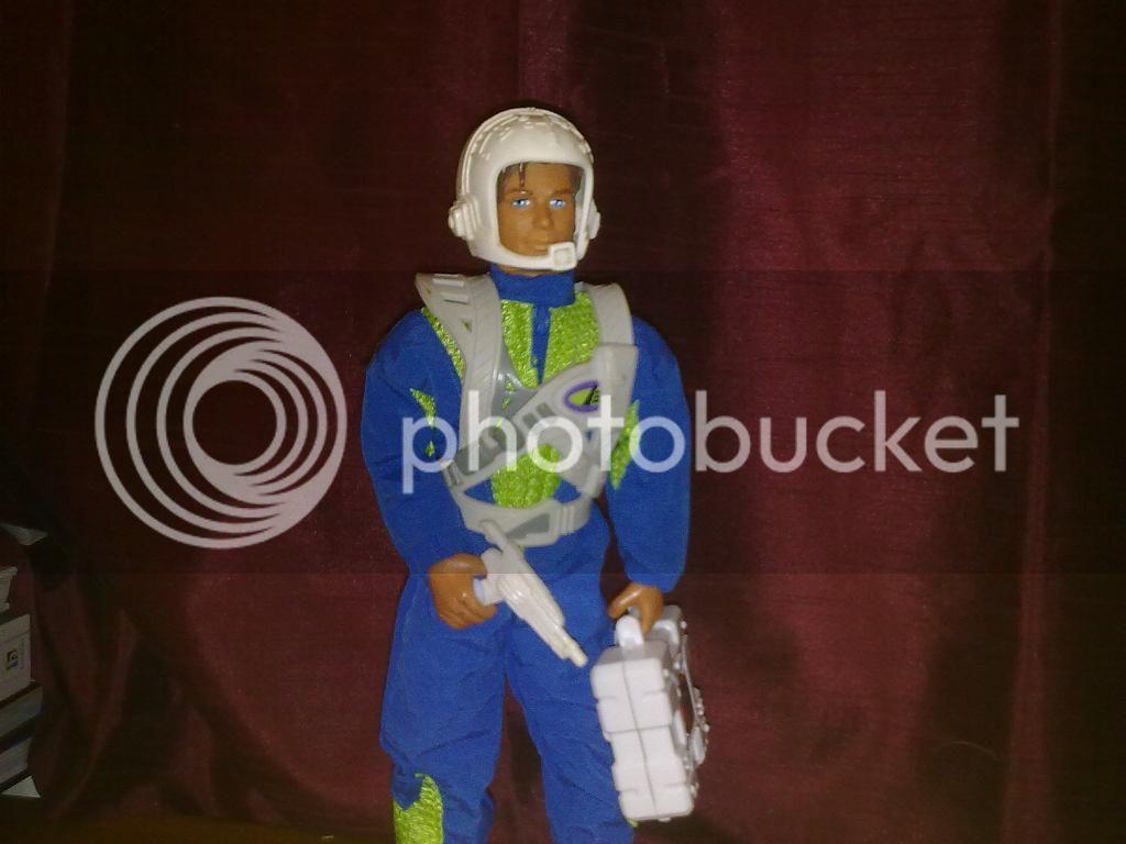 Max Steel kitbash - Space Ranger. Max1_zps862b55ed