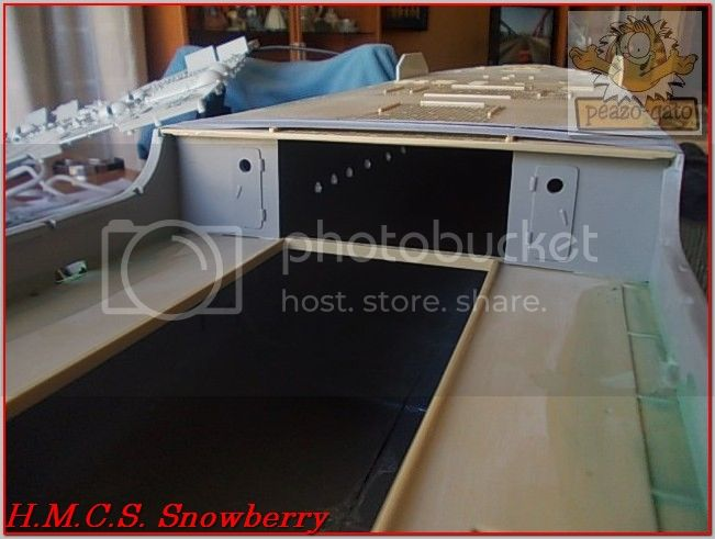 H.M.C.S. Snowberry 47ordmHMCSSnowberrypeazo-gato