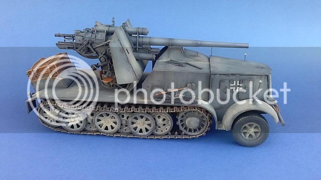 German 8.8cm FlaK 18 Selbstfahrlafette  160ordmsemi-oruga88mmpeazo-gato