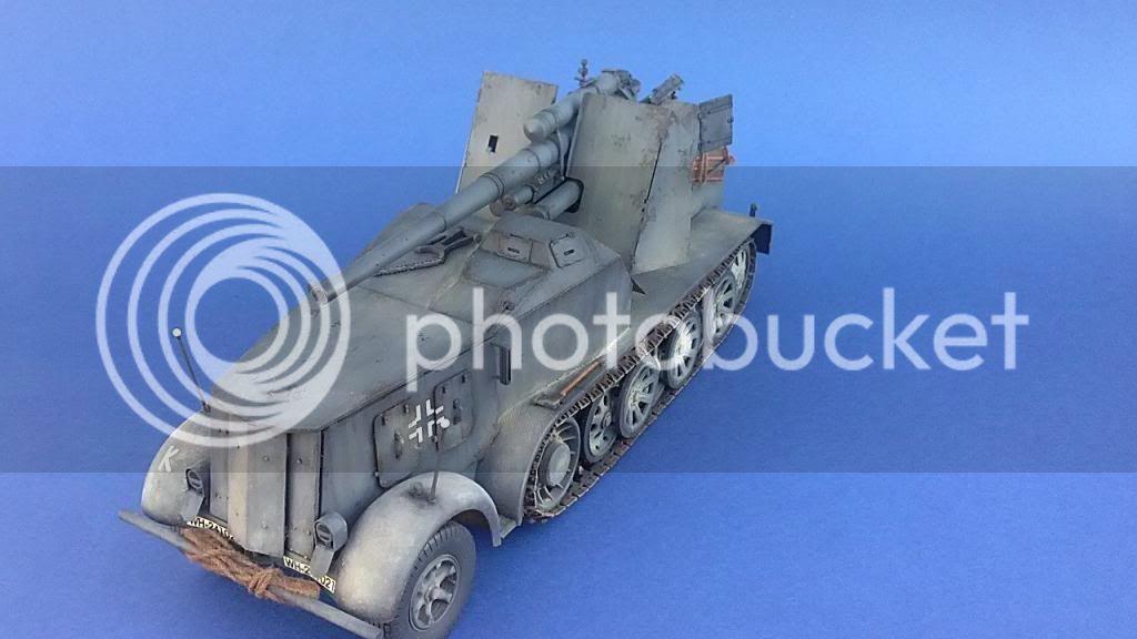 German 8.8cm FlaK 18 Selbstfahrlafette  165ordmsemi-oruga88mmpeazo-gato