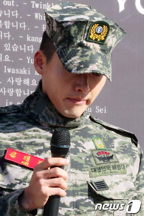 Hyun Bin (Хьон Бин)  Baack5