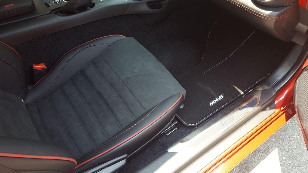 Mazda mx5 2.0 sport 7e1030dcbc59400078af4de25bd1b299