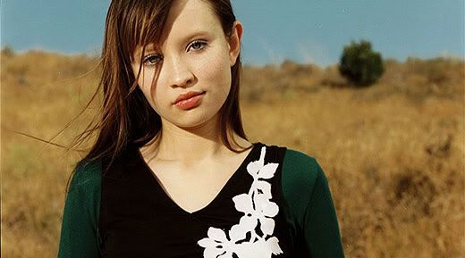 ♦ Emily Browning as Cassie Lawrence Emily-as-cassie