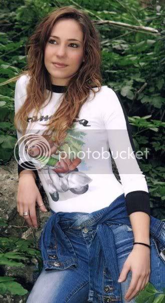 Αλεξάνδρα Ούστα - Βιογραφία Ousta