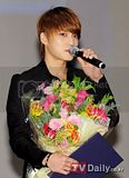 [PICS] 120202 JYJ – 2012 SEOUL NUCLEAR SECURITY SUMMIT PRESS CONFERENCE Th_1328153330267068