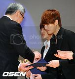 [PICS] 120202 JYJ – 2012 SEOUL NUCLEAR SECURITY SUMMIT PRESS CONFERENCE Th_2012020212597731791