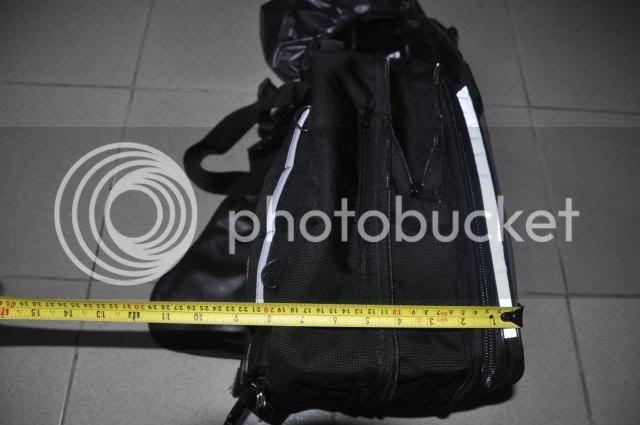 new magnetic tankbag/tailbag  _DSC0202