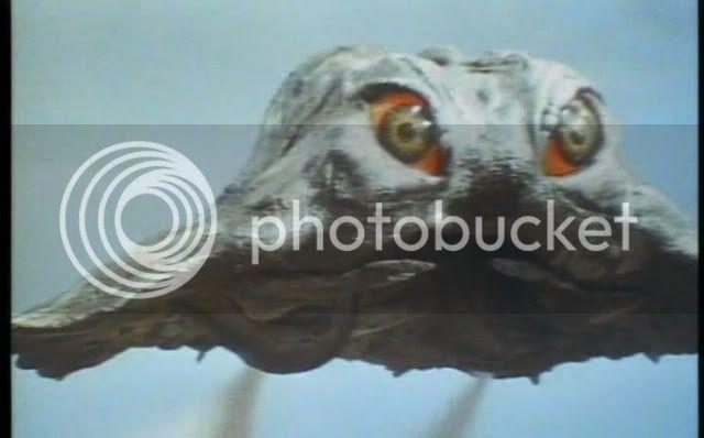 So I'm gonna watch the Godzilla movies - Page 4 1971-GodzillavsHedorahavi6