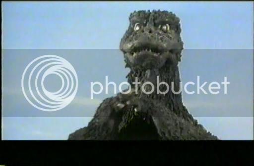 So I'm gonna watch the Godzilla movies - Page 4 1973-GodzillavsMegalondivx_snapshot_004614_20121023_200026