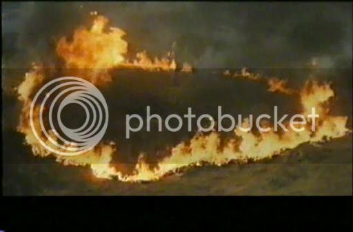 So I'm gonna watch the Godzilla movies - Page 4 1973-GodzillavsMegalondivx_snapshot_010857_20121023_202449