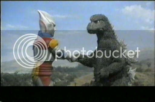 So I'm gonna watch the Godzilla movies - Page 4 1973-GodzillavsMegalondivx_snapshot_011434_20121023_203057