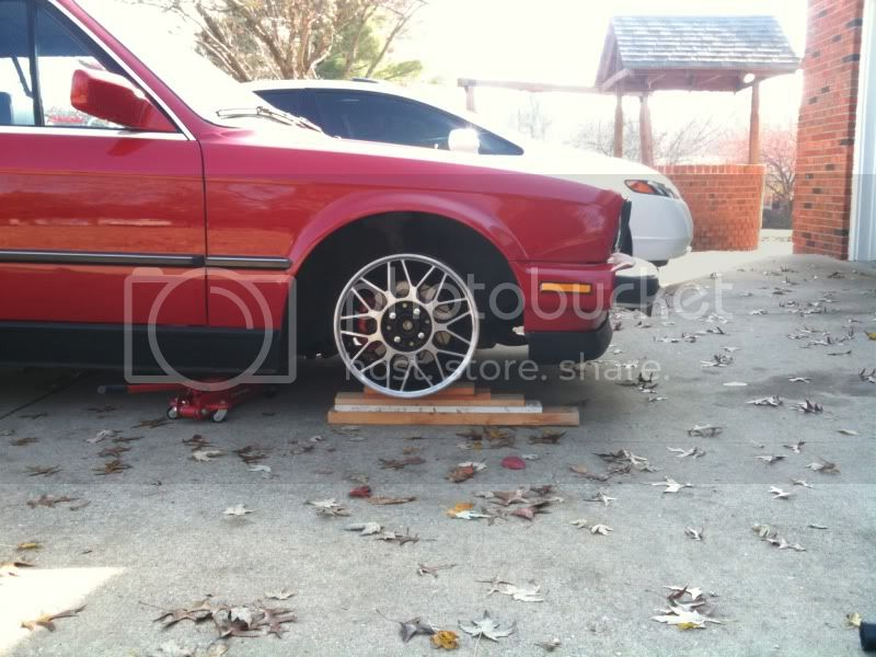 Bought some wheels for the e30  IMG_0538