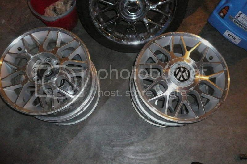 Bought some wheels for the e30  P1030385