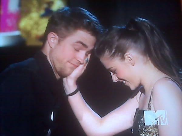 MTV  Movie Awards 2010 - Página 6 111950313-d2f0dc282a6c934341d4cbeb6