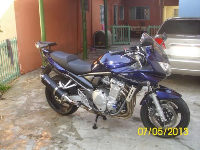 Apresentando a Nega Gorda - Suzuki Bandit 1250 S 2009 DSCI0083_zps34183b68