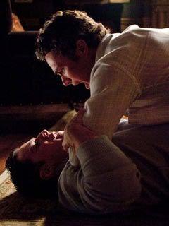 'The Vampire Diaries' finally goes homoerotic! Vampire-diaries_240