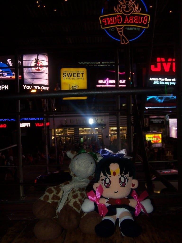 Luu Sky Sapphire x Midori Sugiura99: The Squeakquel *NYAF 2010* 100_5433
