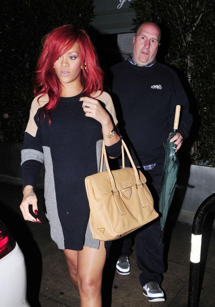 Rihanna .  - Page 4 Untitled54