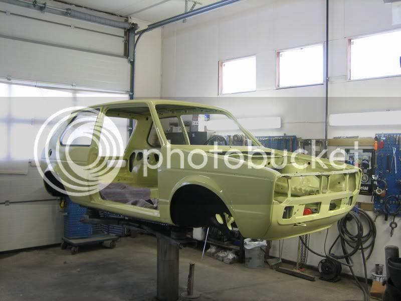 project klonkswagen..(golf 1-80) - Sivu 2 Koppa_maalattu4
