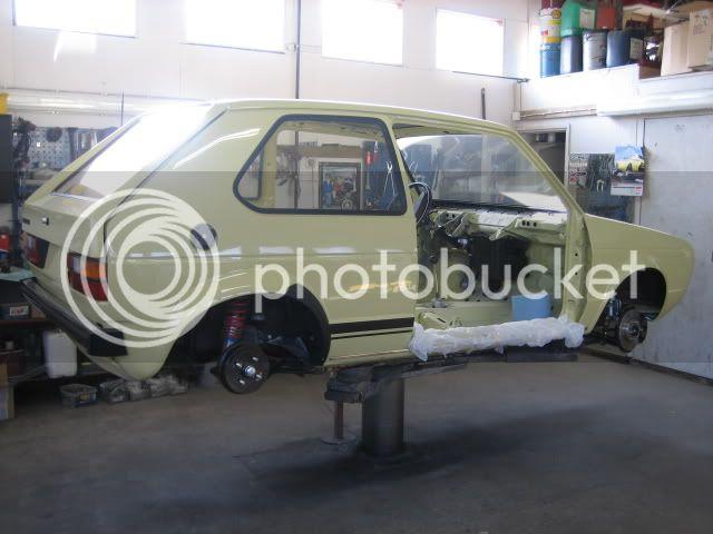 project klonkswagen..(golf 1-80) - Sivu 3 Golf022
