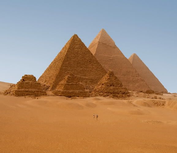 10 Beautiful Places in the World Egyptian_pyramids_in_giza_egyp