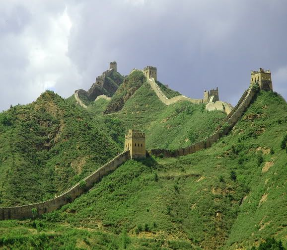 10 Beautiful Places in the World Great_wall_of_china