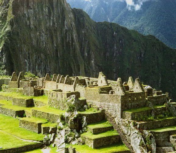 10 Beautiful Places in the World Machu_picchu_1