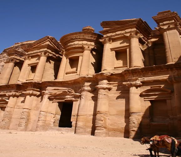 10 Beautiful Places in the World Petra
