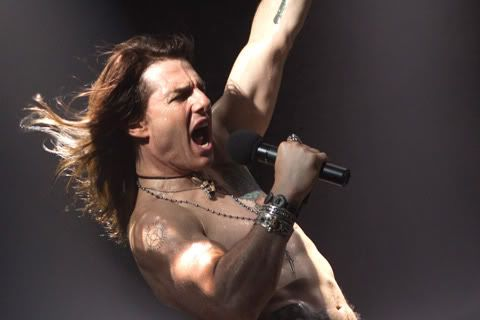 Rock of Ages (2012) Tom-Cruise-Rock-Ages-crop
