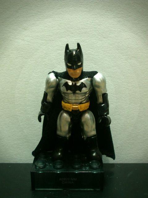 Justice League 001batman
