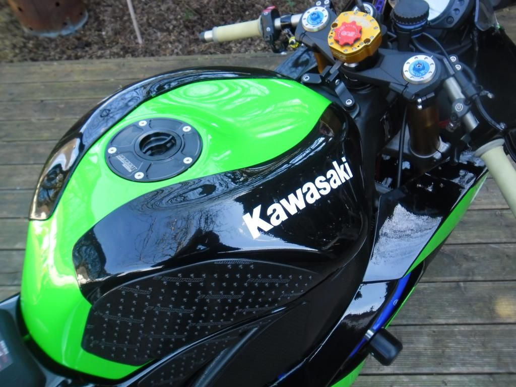 Kawasaki Zx10R 2008 - 2010 - Page 6 005-3_zps2f081f46