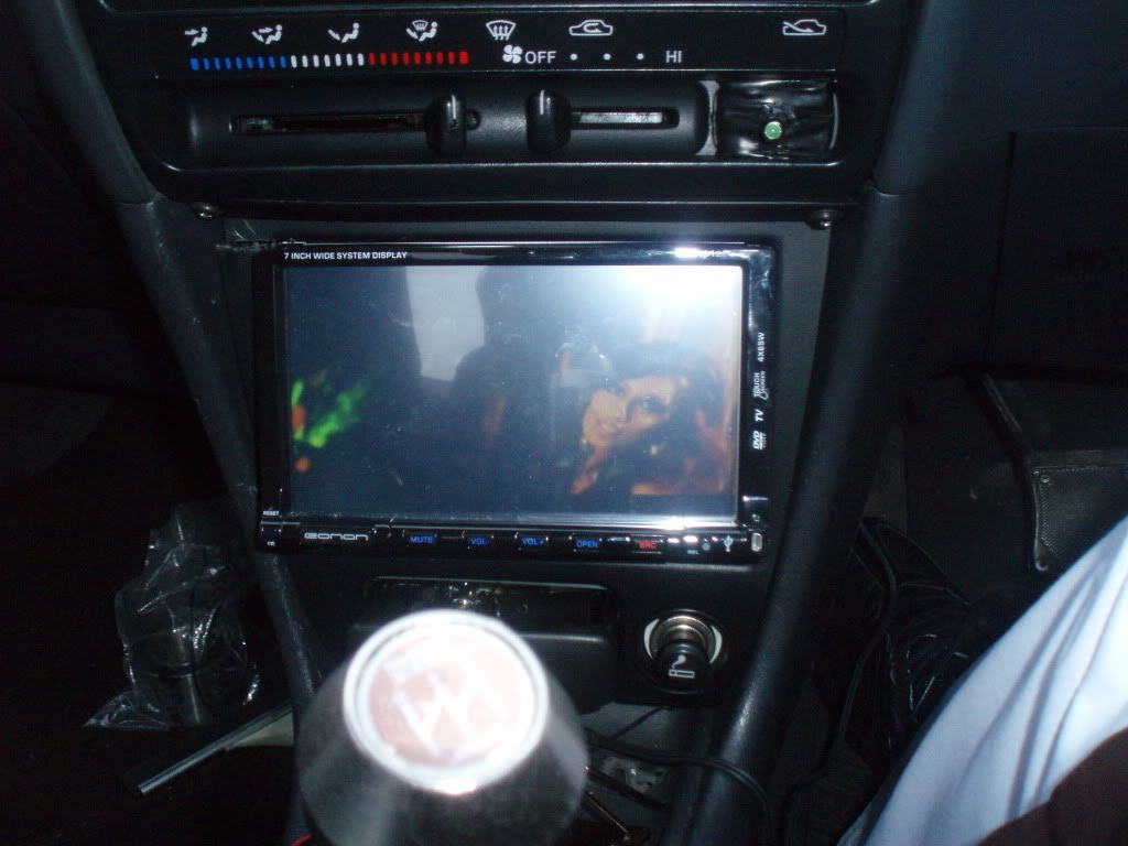 double din stereo  PC270007