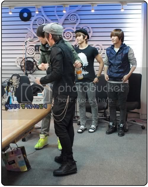 [ALL PICTURES] Starry Night radio SC0_10044350_26291_1