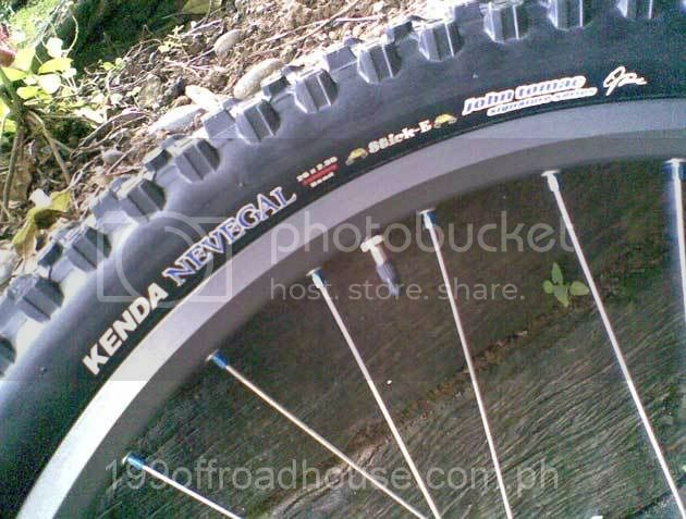 Best AM/light DH tire for our conditions Image037