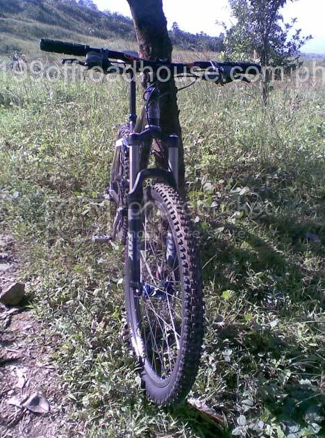 Best AM/light DH tire for our conditions Image065