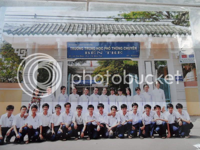 ----> Lớp Toán Niên Khóa 2009-2012 <---- SDC10021
