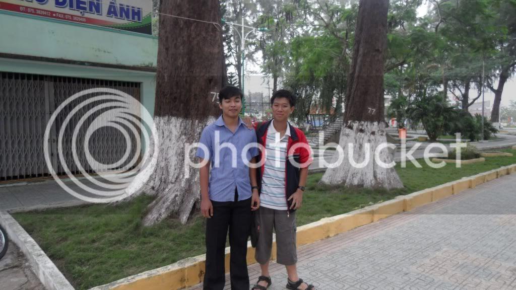 [Hình ảnh] Đi nhà Nhụy - P1 - Chờ xe bus SDC12115