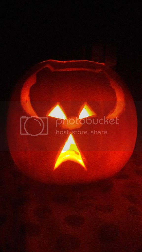 TXI STAR WARS PUMPKIN CARVING CONTEST - Page 2 20161029_185155_zpsjzvaqkh4