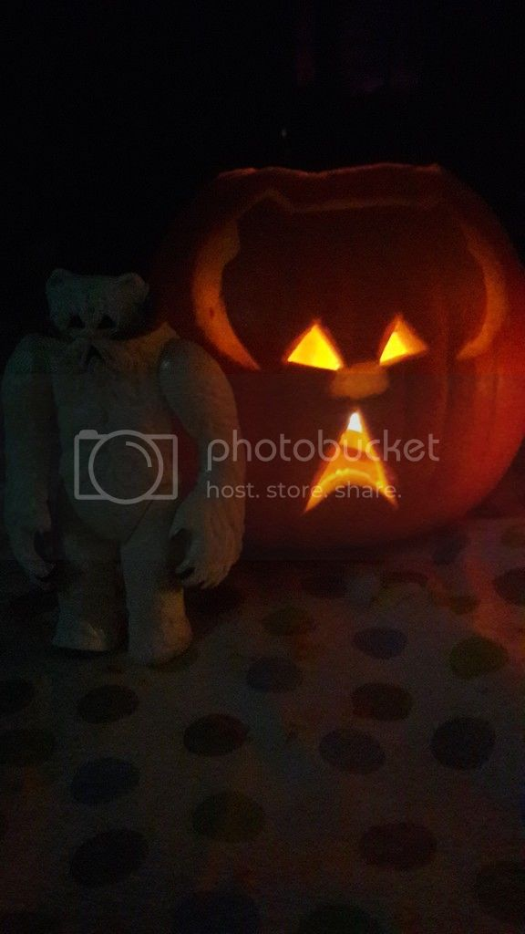TXI STAR WARS PUMPKIN CARVING CONTEST - Page 2 20161029_185740_zpsdhvcjljb