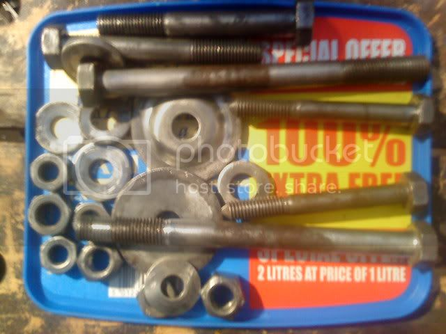Building a race car -hopefully!  Help may be required  - Page 4 DSC00364