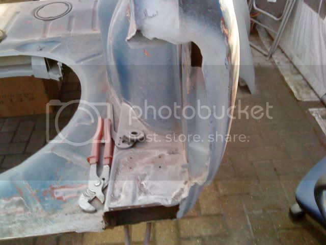 Building a race car -hopefully!  Help may be required  - Page 4 DSC00557