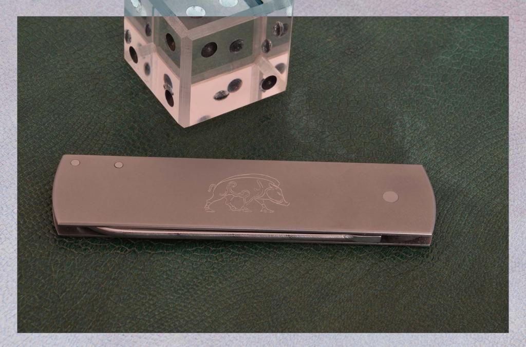 les couteaux du trefle - Page 2 DSC_0012-2_zps067e0df9