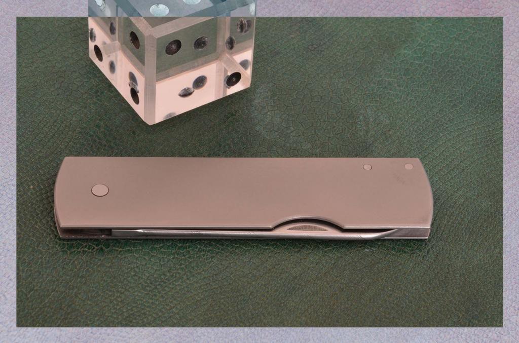 les couteaux du trefle - Page 2 DSC_0013-2_zps3d593859
