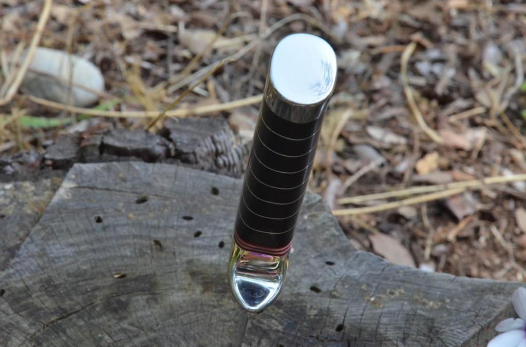 les couteaux du trefle - Page 3 DSC_0013_zpsbc4f9bb6